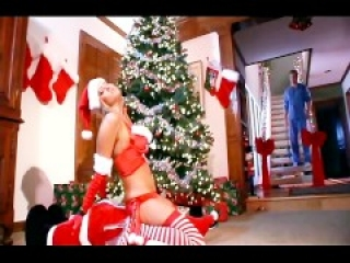 Anal sex with big breasted blonde under Xmas tree